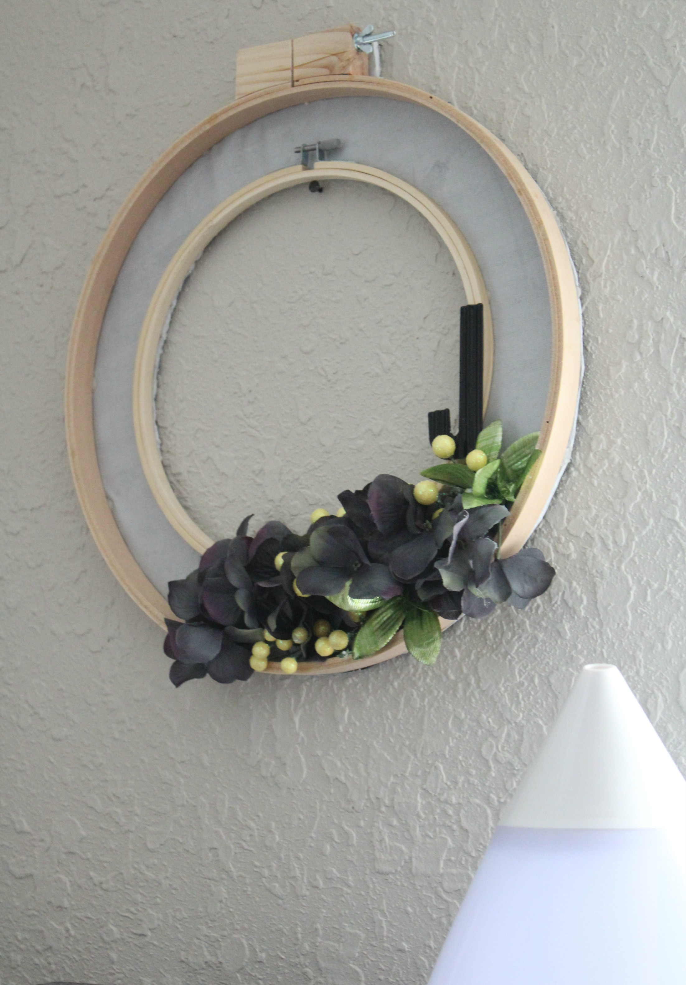 embroidery wreath 2
